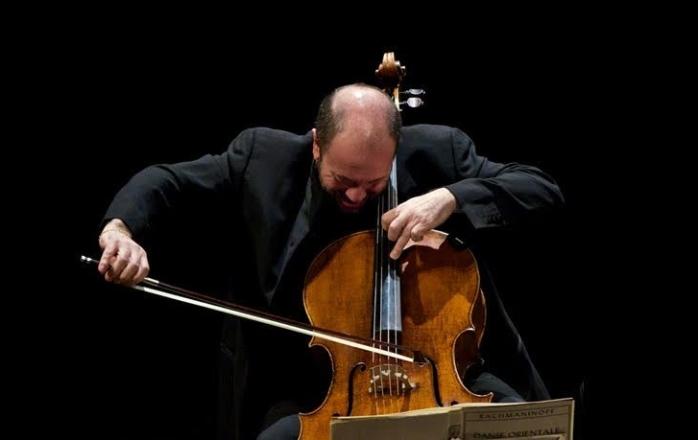 Viloncellista Enrico Dindo