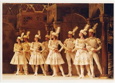 Royal Opera3(Raymonda)